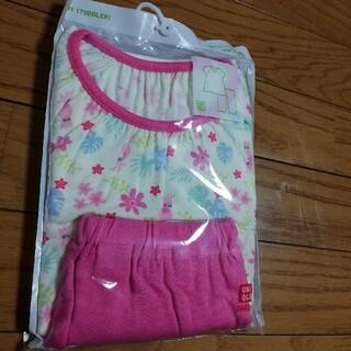 UNIQLO - 半袖パジャマ 100cm 女の子
