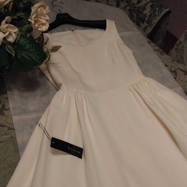 FOXEY(フォクシー)の新品・タグ付き★FOXEY★フィット&フレアー ワンピース ドレス★ホワイト40 レディースのワンピース(ひざ丈ワンピース)の商品写真
