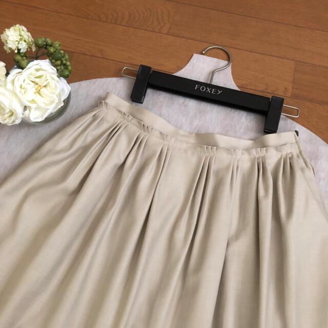 FOXEY(フォクシー)の美品♡FOXEY♡はしごレース♡エレガントフレアスカート ♡ レディースのスカート(ひざ丈スカート)の商品写真