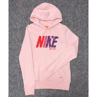NIKE - NIKE フード付きロゴパーカー 美品