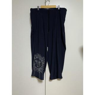 ヨウジヤマモト(Yohji Yamamoto)のyohjiyamamotopourhomme 20ss 朝倉 刺繍パンツ(スラックス)