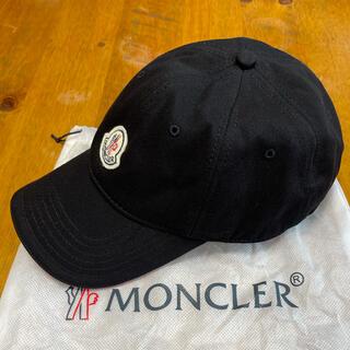 MONCLER - MONCLER べースボールキャップ 黒/赤 送料込み