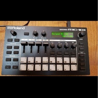 ローランド(Roland)のRoland MC-101 GROOVEBOX(音源モジュール)
