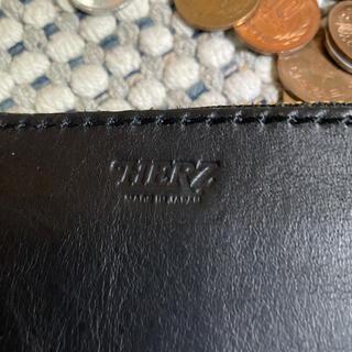 ヘルツ(HERZ)のジップ財布 (折り財布)