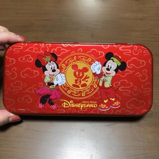 ディズニー(Disney)の海外限定 香港ディズニー 香港  缶 ペンケース(キャラクターグッズ)