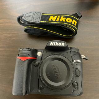 Nikon - d7000ボディ