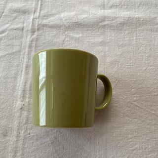 イッタラ(iittala)のイッタラ ティーマ マグカップ オリーブグリーン(食器)