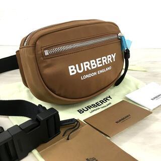 バーバリー(BURBERRY)の未使用品 BURBERRY ウエストバッグ ブラウン ロゴプリント 91(ウエストポーチ)