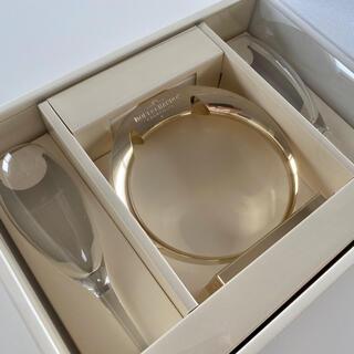 モエエシャンドン(MOËT & CHANDON)の[新品未使用]非売品のモエシャンドンのペアグラス(ゴールドスタンド付き)(グラス/カップ)