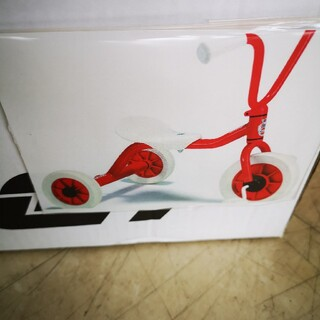 ボーネルンド(BorneLund)の【新品箱入】ウィンザーwintherペリカン三輪車(三輪車)