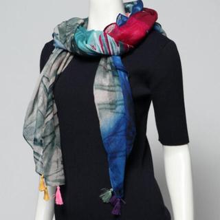 DESIGUAL - 新品✨タグ付き♪ Desigual 柔らかなスカーフ マルチカラー 大特価❣️