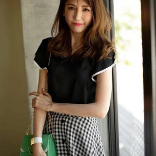 JUSGLITTY - 新品タグ付き🌸美香さん着用✨バックチェーン付きブラウス ブラック S