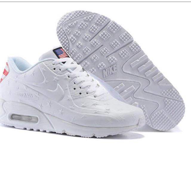 ナイキ エアマックス90 白 星柄 メンズの靴/シューズ(スニーカー)の