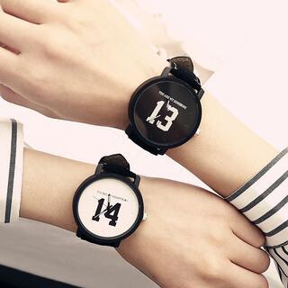 韓国大人気!ペアーウォッチ2点セット カジュアル 白黒 腕時計 ペア
