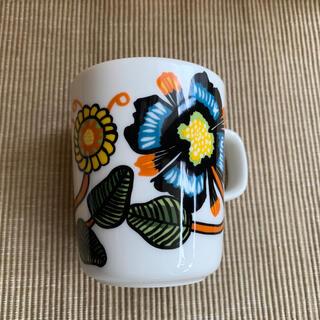 マリメッコ(marimekko)のマリメッコ マグカップ ティアラ(食器)