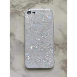 キラキラ♪iPhone7/8/SE2 ガラスシェル 大理石風カバー ホワイト 白(iPhoneケース)