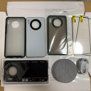 ファーウェイ(HUAWEI)のHuawei Mate 30 ケース・ガラスフィルム・充電器(Androidケース)