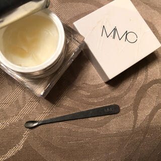 エムアイエムシー(MiMC)のMIMCエッセンスハーブバームクリーム(化粧下地)
