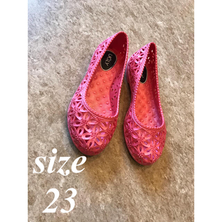 ロキシー(Roxy)のサンダル m ピンク 花柄 ビビットカラー 美品 プール 海 すりっぽん 23(サンダル)