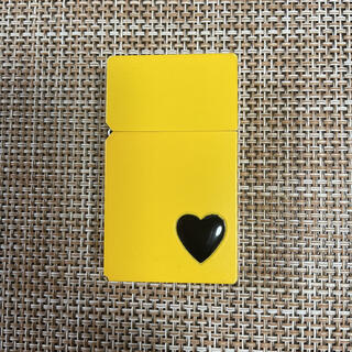 ジッポー(ZIPPO)のHARDEDGE OIL LIGHTER/ YELLOW PETIT HEART(タバコグッズ)