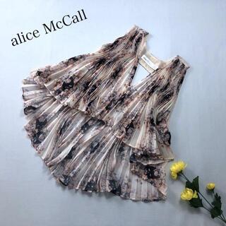 アリスマッコール(alice McCALL)の♪美品♪ alice McCALL プリーツ ノースリーブ ブラウス 花柄 ネコ(シャツ/ブラウス(半袖/袖なし))
