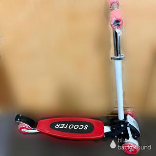 3輪キックボード キックスケーター 赤(三輪車/乗り物)