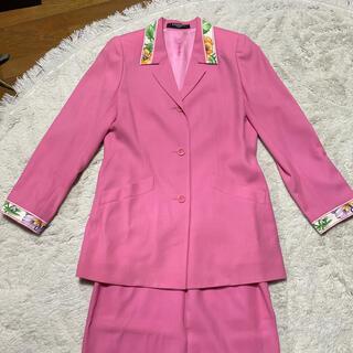 レオナール(LEONARD)のレオナール スーツ お値下げしました 専用です(スーツ)