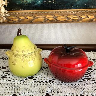 ルクルーゼ(LE CREUSET)の【未使用ルクレーゼ/ミニココット】ベジタブルシリーズ/トマトと洋梨セット(食器)