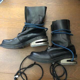 ダークビッケンバーグ(DIRK BIKKEMBERGS)のDIRKBIKKEMBERGS メタル ヒール ワイヤー ブーツ (ブーツ)