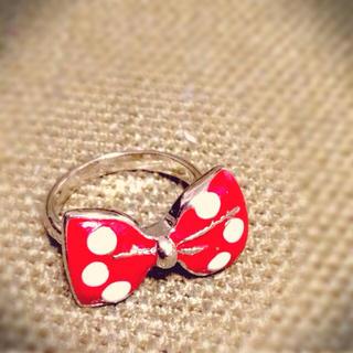 ミニーちゃんのようなリング(リング(指輪))