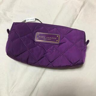 マークジェイコブス(MARC JACOBS)の新品 MARC JACOBS NEW YORK 化粧 ポーチ パープル紫色(ポーチ)