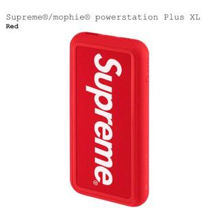 シュプリーム(Supreme)のSupreme mophie powerstation Plus XL red(バッテリー/充電器)