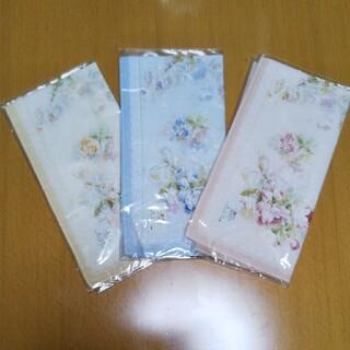 ハンカチ3点セット 日本製綿100 %花柄3色ハンカチセット 新品未開封(ハンカチ)