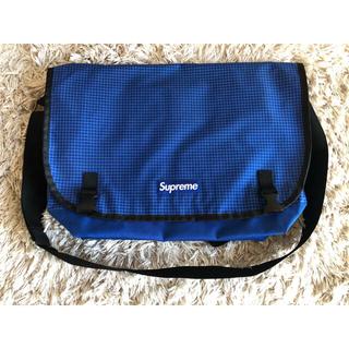 シュプリーム(Supreme)のsupreme メッセンジャーバッグ 青 ボックスロゴ  リップストップ BOX(メッセンジャーバッグ)