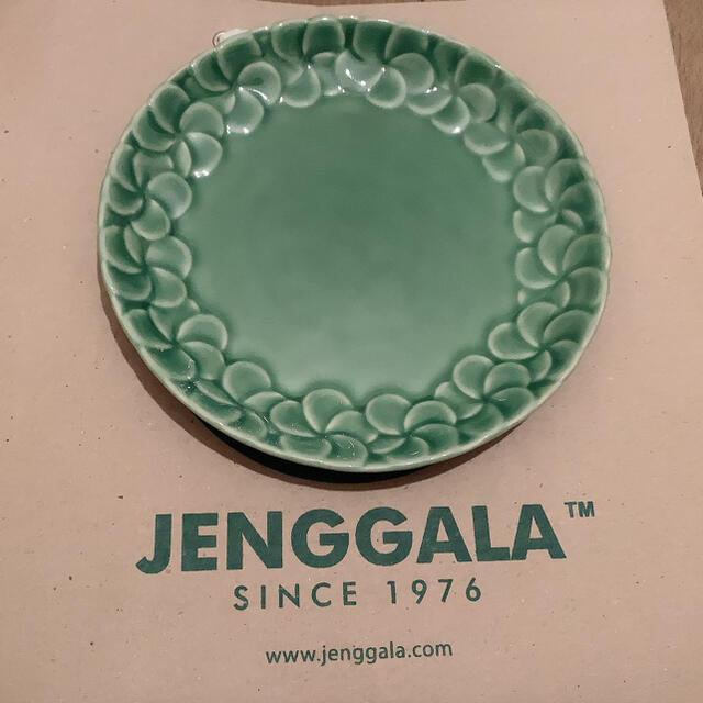 Jenggala(ジェンガラ)の【新品未使用】ジェンガラ プルメリア プレート インテリア/住まい/日用品のキッチン/食器(食器)の商品写真