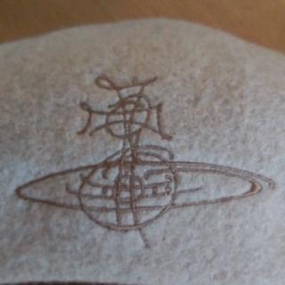 ヴィヴィアンウエストウッド(Vivienne Westwood)の【Vivienne Westwood】ベレー帽(ハンチング/ベレー帽)