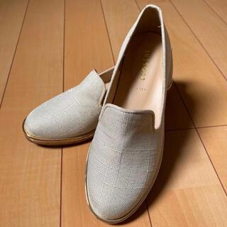 シマムラ(しまむら)の【お買い得‼️】靴 スリッポン  しまむら 白 春夏 Mサイズ(スニーカー)