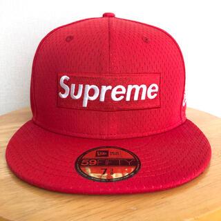 シュプリーム(Supreme)のSupreme Mesh Box Logo New Era【7 3/8】(キャップ)