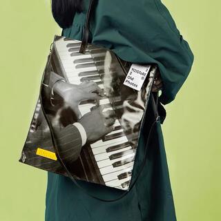 ラフシモンズ(RAF SIMONS)の【期間限定値下げ】film photo tote bag  #No.21\Bla(トートバッグ)