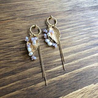 737 leaf earrings(ピアス)