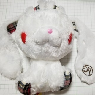 タイトー(TAITO)の汎用うさぎ ぬいぐるみ 白/チェック(キャラクターグッズ)