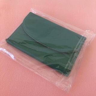 【新品】Kei Lons by trael パスポートケース パスポート入れ(旅行用品)