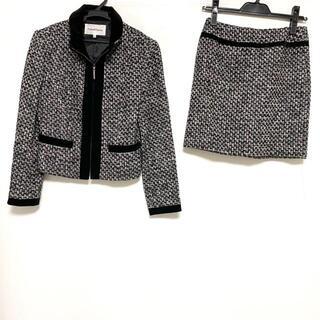 ピンキーアンドダイアン(Pinky&Dianne)のピンキー&ダイアン スカートスーツ 36 S -(スーツ)