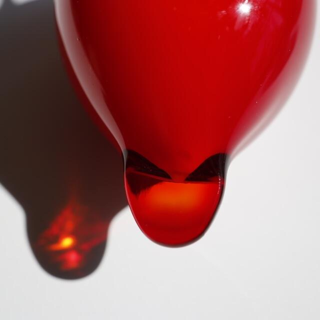 iittala(イッタラ)のPuffball パフボール イッタラ iittala red 赤 トイッカ インテリア/住まい/日用品のインテリア小物(置物)の商品写真