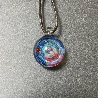 小さな宇宙玉ガラス〜惑星〜(ネックレス)