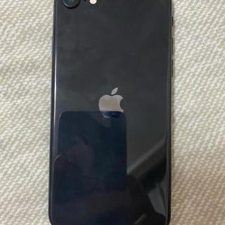 アップル(Apple)のiPhone se2 バッテリー99%(スマートフォン本体)