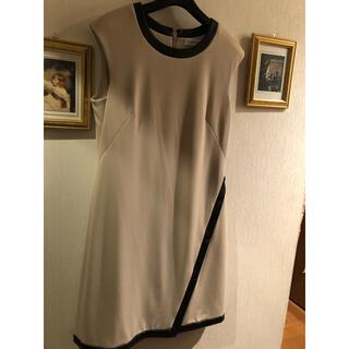 カルバンクライン(Calvin Klein)の新品 Calvin Klein パイピングドレス (ロングドレス)