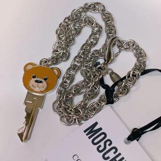 モスキーノ(MOSCHINO)のモスキーノ テディベア クマ ネックレス 本物 鍵型(ネックレス)