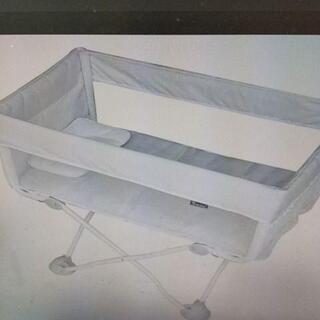 送料無料 新品海外製 2020新型 折りたたみベッド 折り畳み ホワイト(ベビーベッド)