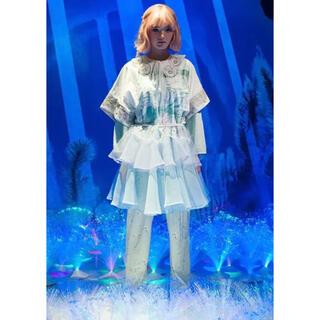 ミキオサカベ(MIKIO SAKABE)の【送料無料❗️】mikiosakabe ミキオサカベ2014コレクションスカート(ひざ丈スカート)
